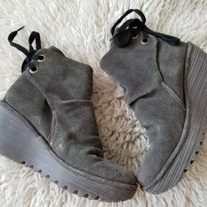 3/$25💜FLY London Yama Wedge Ankle Boots, 36